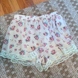 Lush floral lace shorts